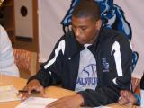 Earnest Ross signs his Letter of Intent to Auburn (November 13, 2008)