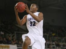 #32 TJ Warren scored 13 points and grabbed 6 rebounds in Riverside High School&#039;s 59-49 victory over Millbrook High School in the NCHSAA 4-A East Regional semifinals on Friday, March 5. (photo by Will Okun)