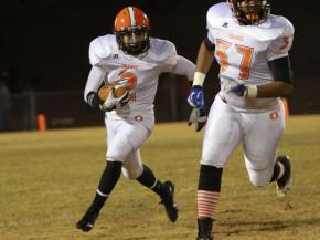 #2 Patrick Pettiford turns the corner during Orange High School's 14-13 victory over Eastern Alamance High School in the third round of the NCHSAA 3-A state football championship in Mebane on Friday, Nov. 16 (photo by Will Okun)