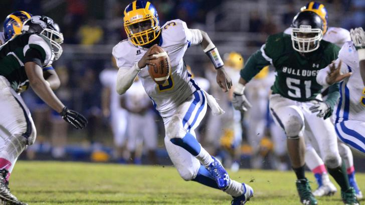 Football: East Wake vs Southeast Raleigh (Oct. 23, 2015)