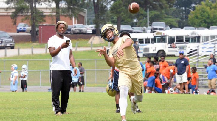 Football: Northern Vance 7-on-7 (June 30, 2016)