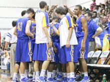 Garner held on to defeat Southeast Raleigh on the road on Tuesday, keeping themselves tied with Clayton for the conference title.