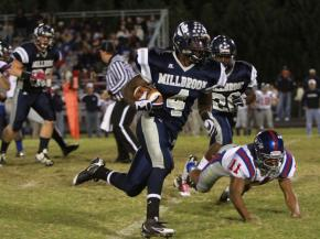 #4 Keith Marshall rushed for 109 yards and 2 touchdowns in Wake Forest-Rolesville High School's 21-12 victory over Millbrook High School on Friday, October 29. (photo by Will Okun)