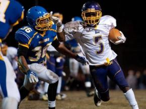 Garner vs Jack Britt high school football playoff game November 25, 2011. Photo by Andrew Craft - The Fayetteville Observer