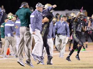 Football: Richmond vs Pinecrest (Oct. 30, 2015)