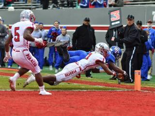 Devon Lawrence scores a touchdown for Wake Forest in the 4-AA state championship game. (Photo By: Suzie Wolf/HighSchoolOT.com)