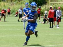 Football: Wolfpack 7 on 7