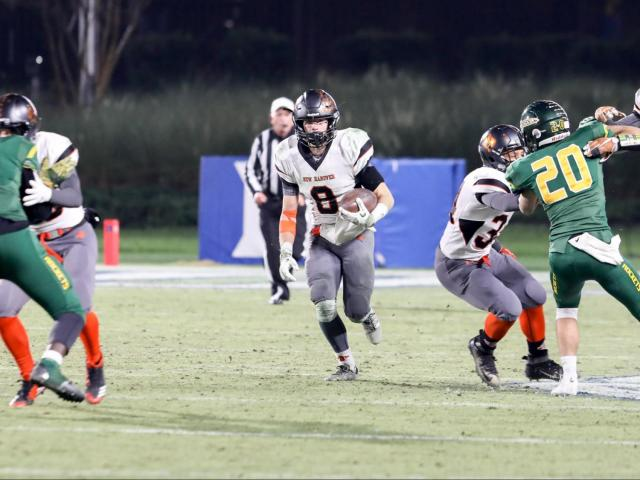 626ee5c67 New Hanover pulls past Reynolds for 3-AA title