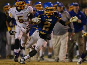 Garner's #2 Nyheim Hines runs the ball as Jack Britt defeats Garner 14 to 8 Friday night November 23, 2012 to advance to the NCHSAA 4AA State Championship. (Photo by Jack Tarr)