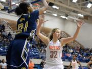 Girls Basketball: E.E. Smith vs. South View (Dec. 30, 2016)